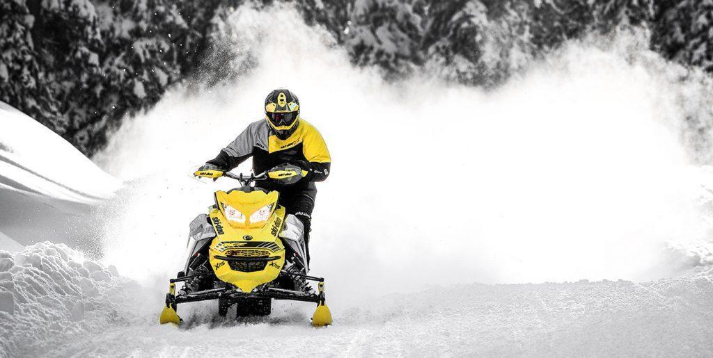 Ski-Doo MXZ X-RS 600R E-TEC (2019)