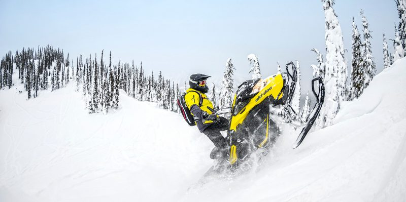 "Ski-Doo Summit 850 SP 165"" 2017"