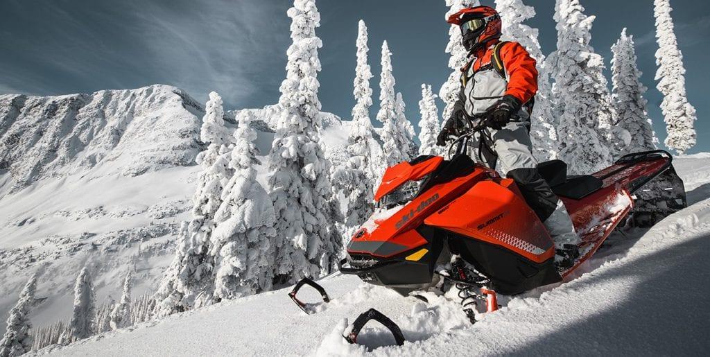 "Ski-Doo Summit X 850 175"" SHOT (2019)"