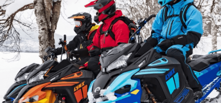 Как выбрать экипировку для снегохода